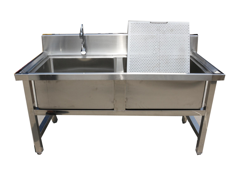 专业生产销售水池,不锈钢水池等各式厨房设备.   相关评论