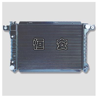 Passenger car radiator