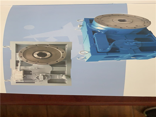 ZLYJ系列单螺杆挤出机齿轮箱